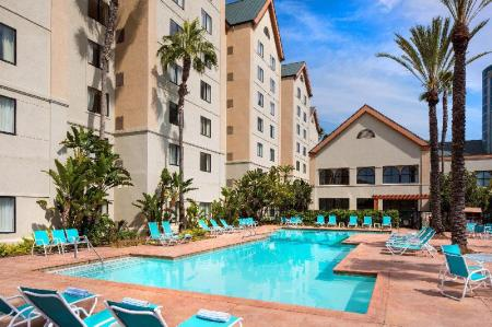 Swimming pool [outdoor] Homewood Suites by Hilton Anaheim-Main Gate Area