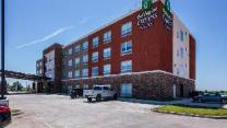 Holiday Inn Express and Suites Blackwell