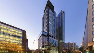AC Hotels by Marriott Montreal Downtown