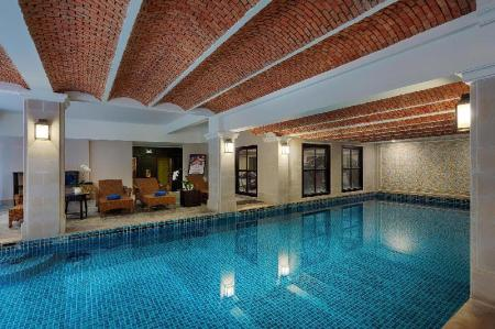 Schwimmbad La Residencia . A Little Boutique Hotel & Spa