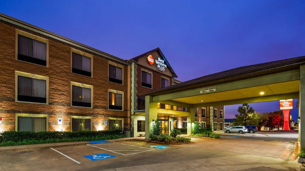 More about Best Western PLUS DFW Airport Suites