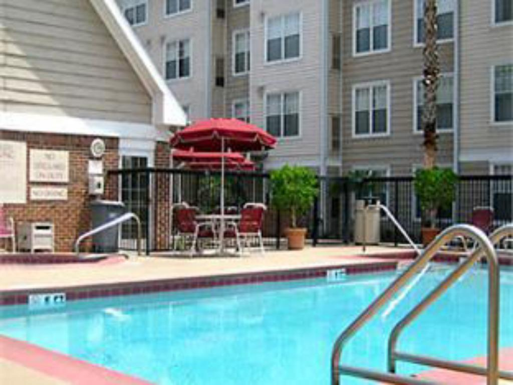 Swimmingpool Residence Inn Orlando Convention Center