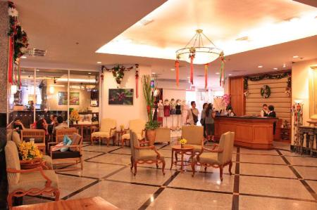 Lobby Grand Diamond Suites Hotel
