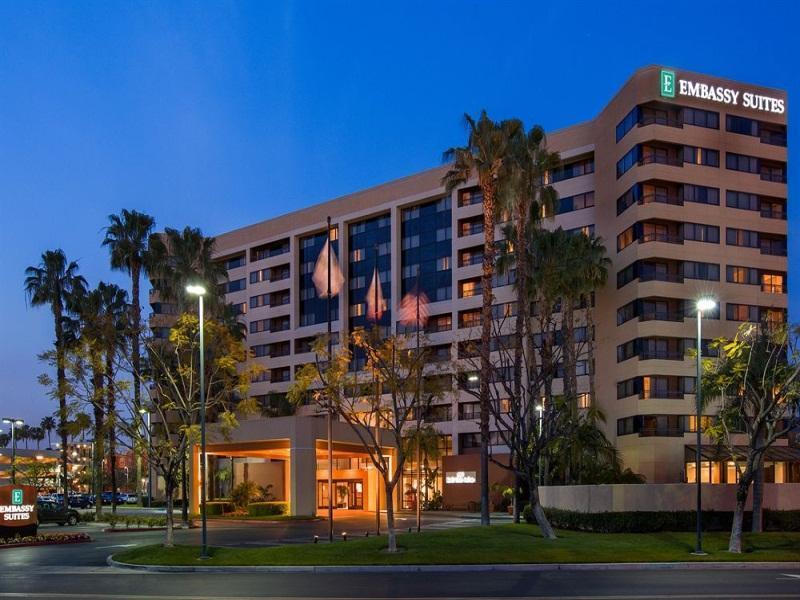Embassy Suites By Hilton Anaheim Orange In Los Angeles Ca Room Deals Photos Reviews