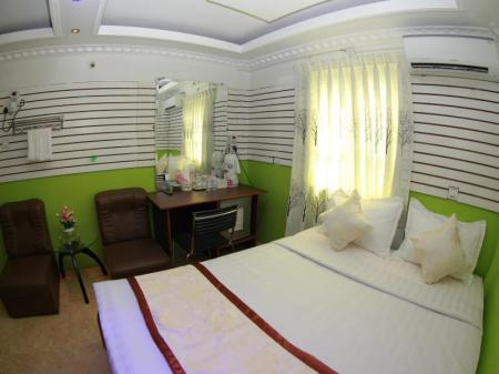 Kamar Standard International City Hotel
