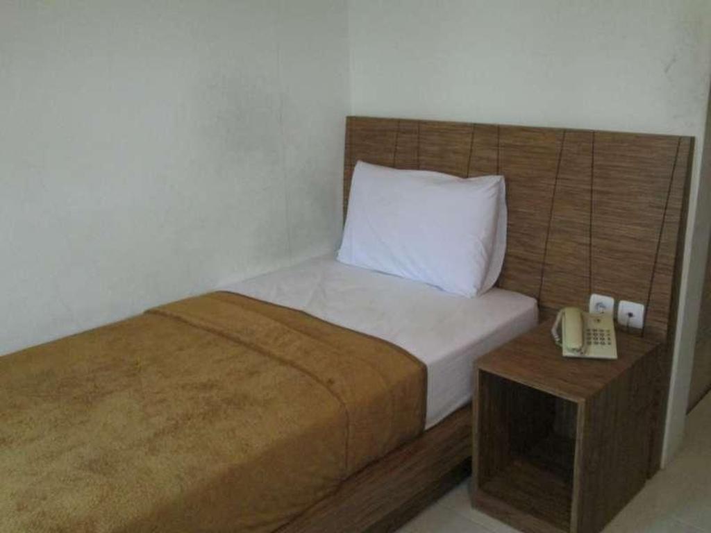 Hotel Gajah Mada Rembang Guesthouse Bed And Breakfast Deals Photos Reviews