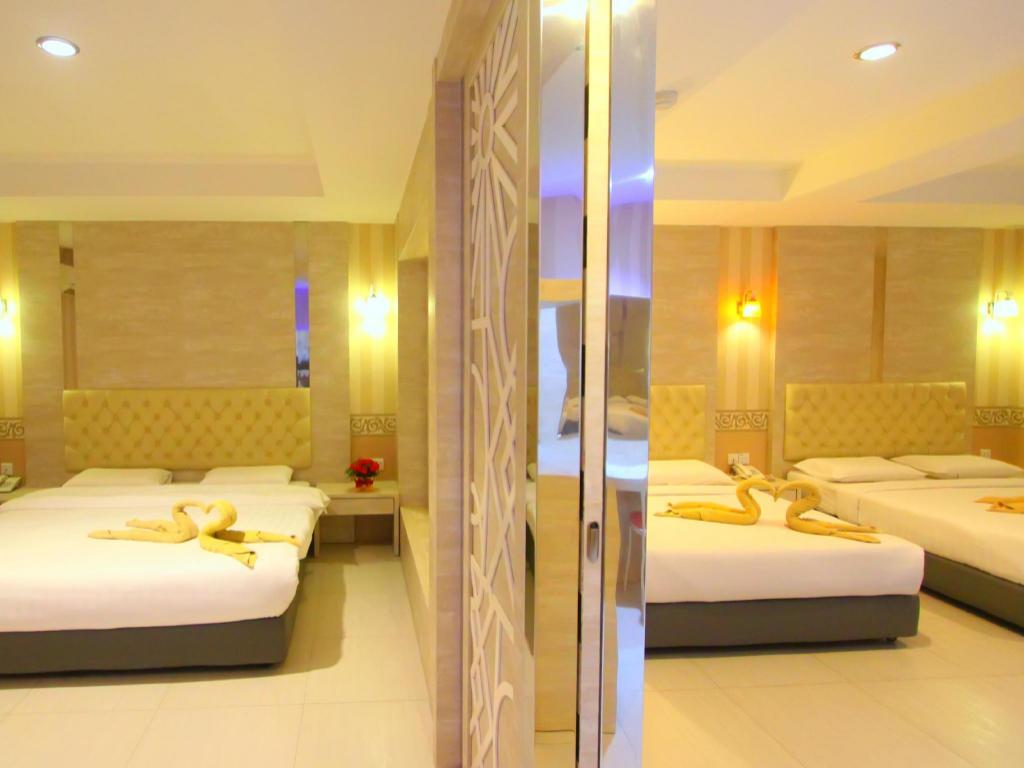 Book Lovina Inn Penuin Hotel in Batam Island, Indonesia