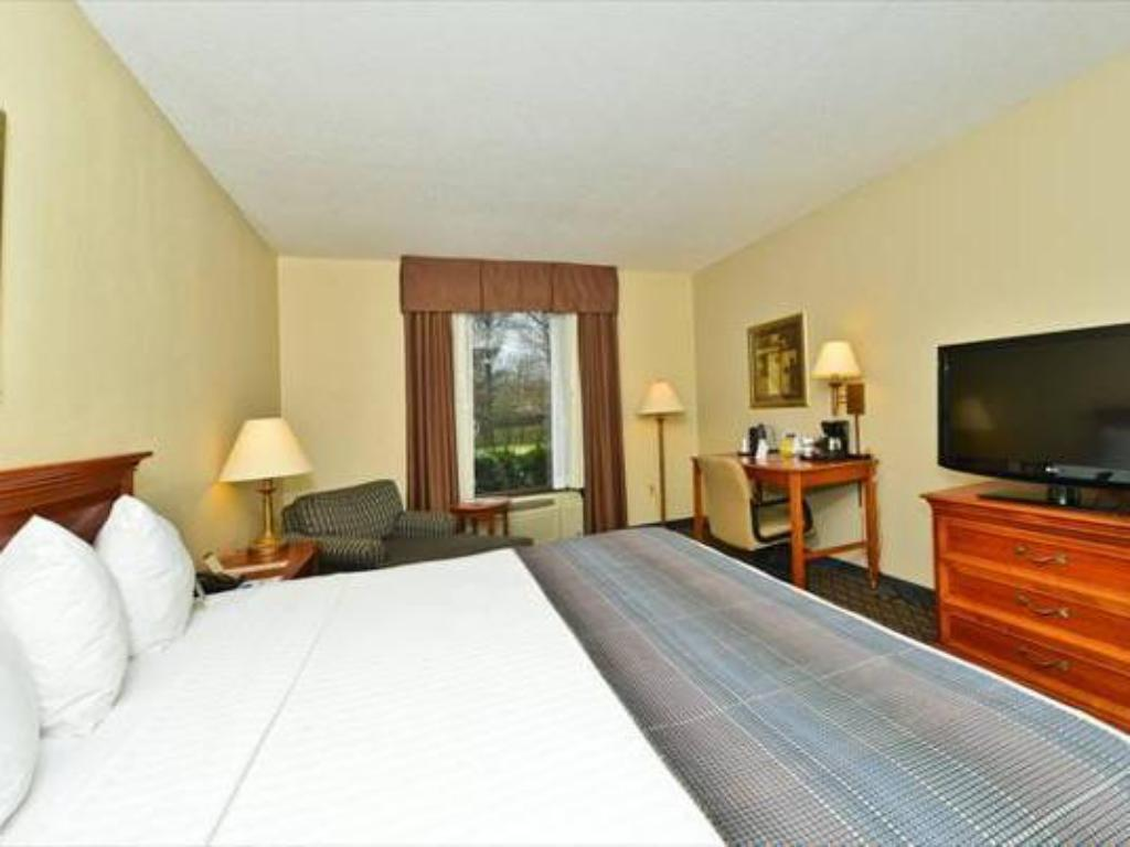 Quarto King - Quarto de hóspedes Best Western Plus Cary Inn NC State