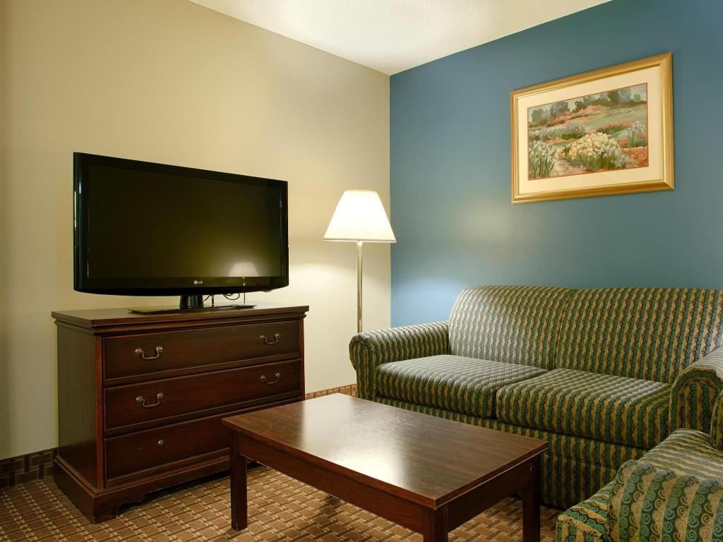 Vista Interior Best Western Plus Cary Inn NC State