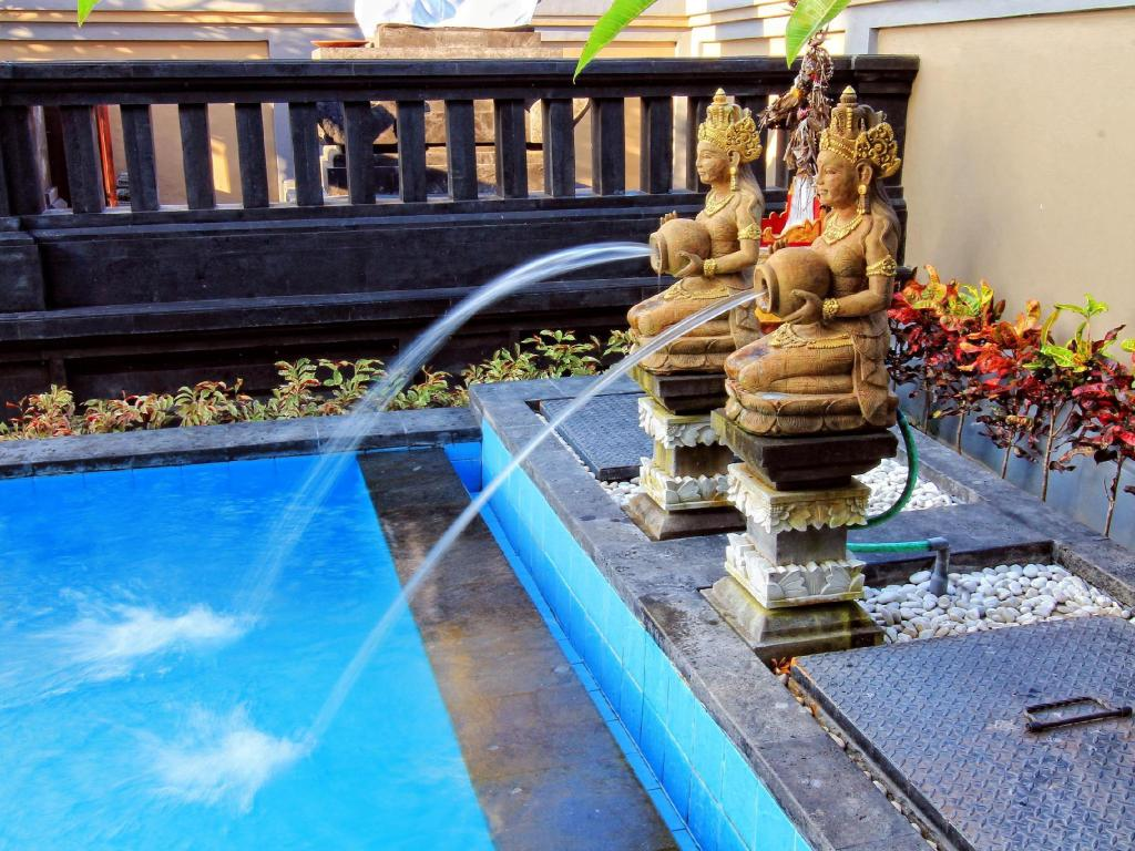 Swimming pool Ubud Canti Accommodation