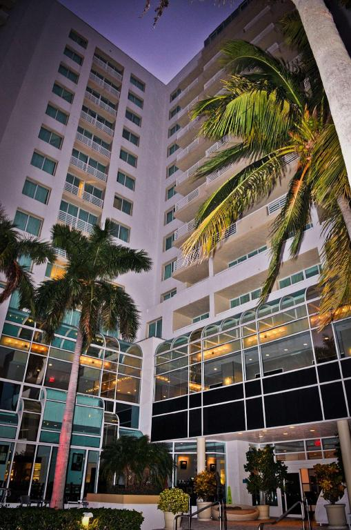Exterior view GALLERYone - DoubleTree Suites by Hilton Hotel