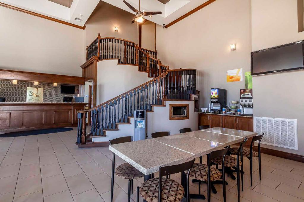 Lobby Best Western Owasso Inn and Suites (Quality Inn and Suites Owasso)