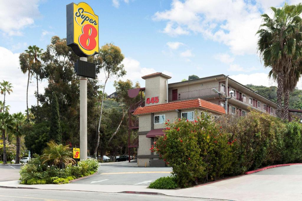 More about Super 8 by Wyndham San Diego Hotel Circle