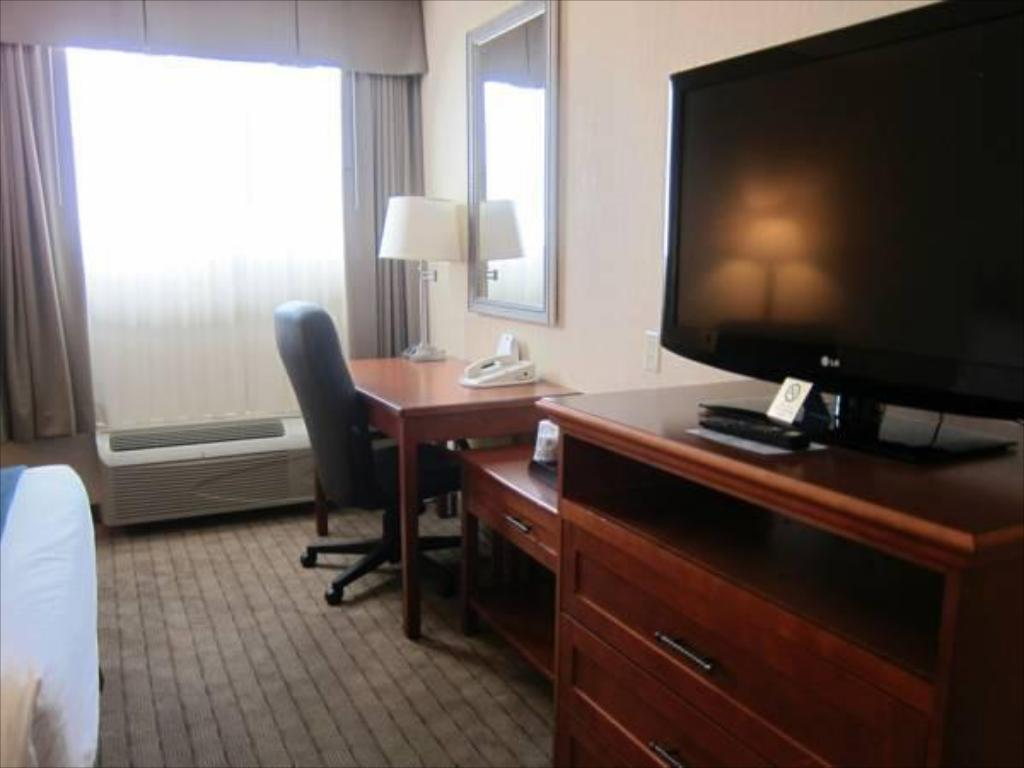 Interior view Holiday Inn Express North York