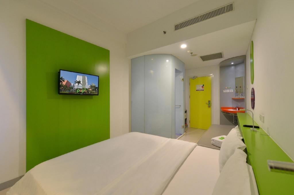 Pop Hotel Kelapa Gading In Jakarta Room Deals Photos Reviews