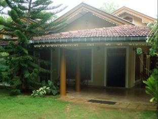Tusker Safari Bungalow