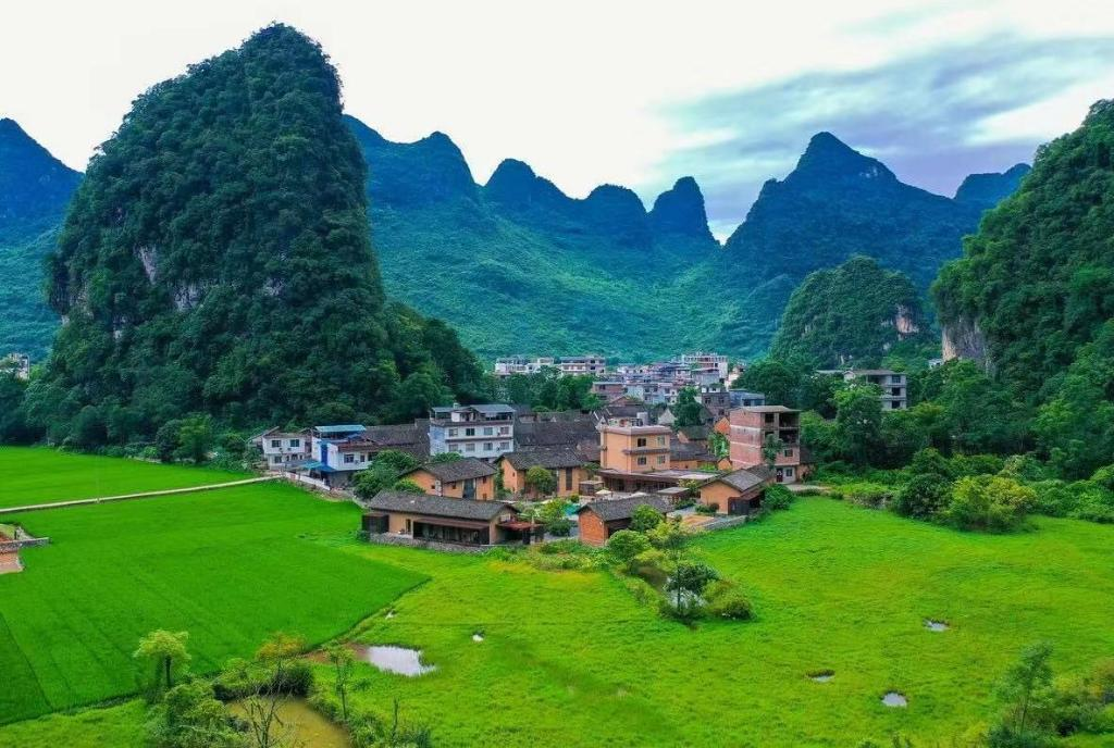 Informasi lengkap Old Manor House Yangshuo