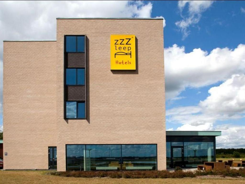 Forskjellige Zleep Hotel Billund in Denmark - Room Deals, Photos & Reviews TP-32