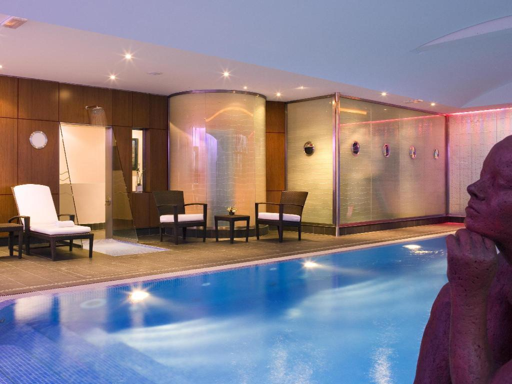 Best Price On Mercure Paris Cdg Airport Convention Hotel