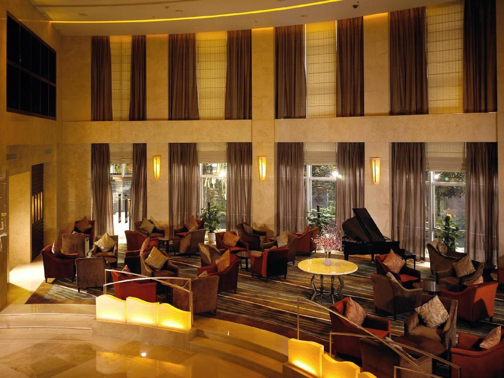 Hotellet från insidan Holiday Inn Chongqing North