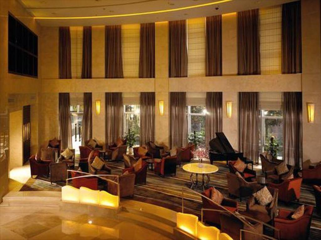 Lobby Holiday Inn Chongqing North