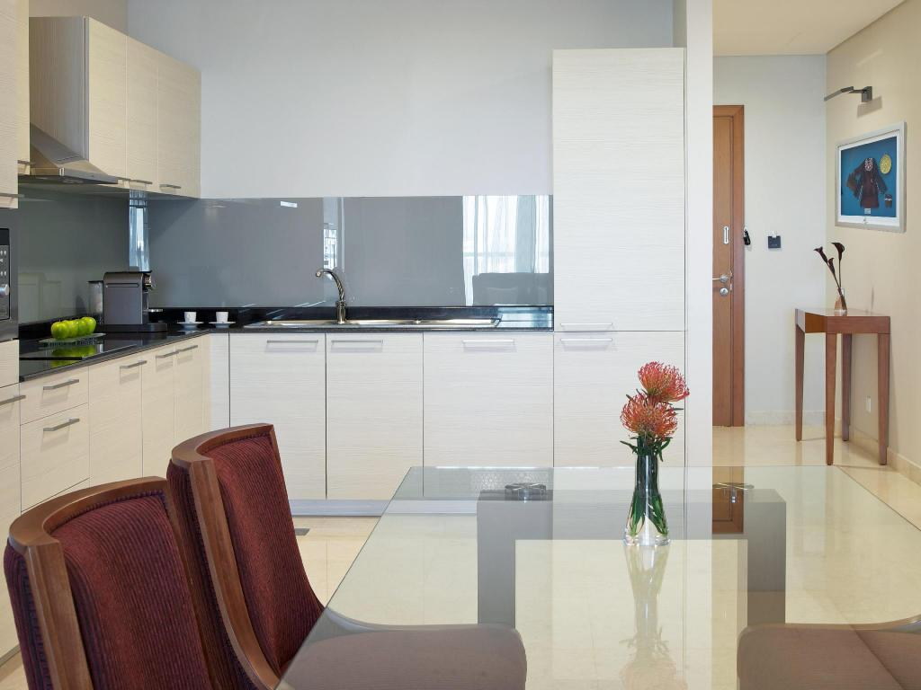 One-Bedroom Apartment - Kitchen Millennium Executive Apartments Muscat