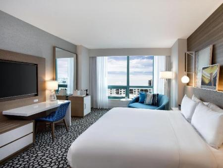Bed Diplomat Beach Resort Hollywood Curio Collection by Hilton