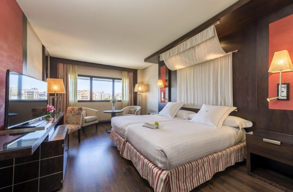 Double for Single Use - Bed Hotel Cordoba Center
