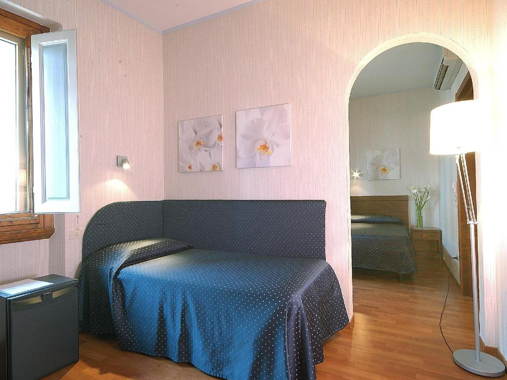 Classic Single Room - Guestroom Hotel Martelli