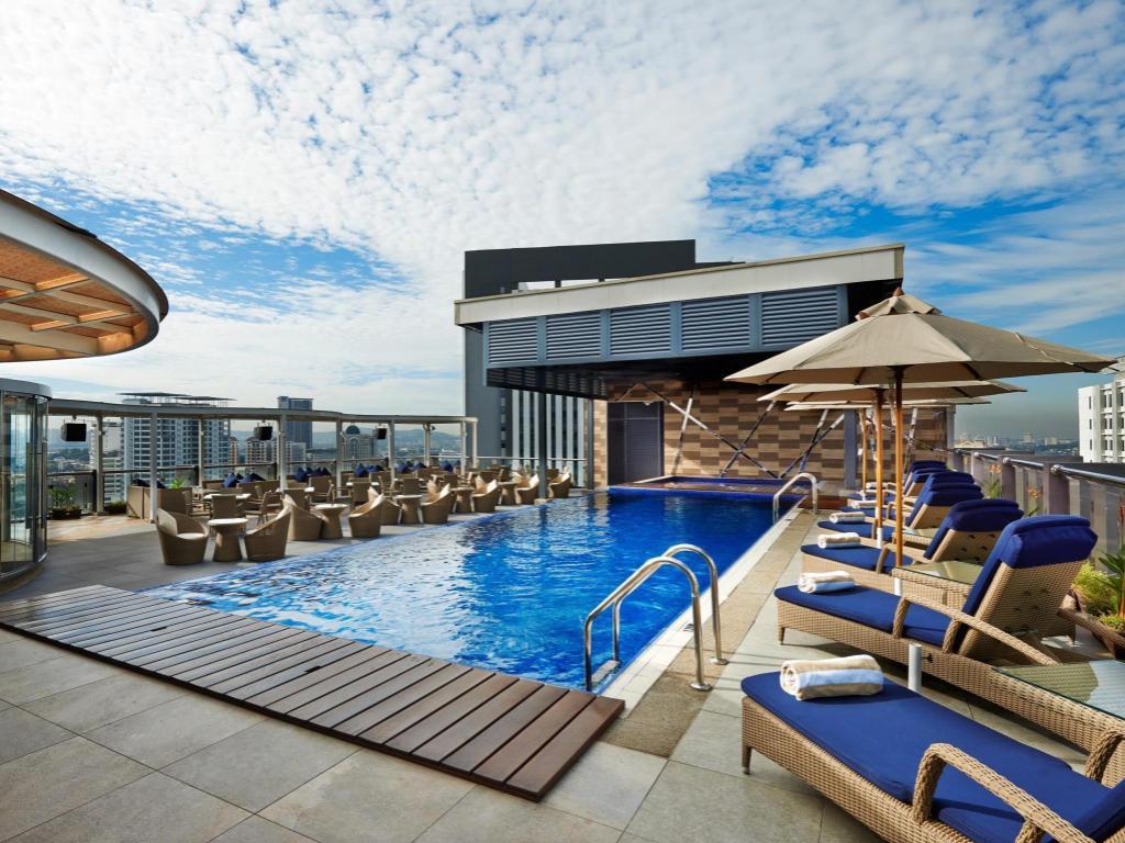 Best western petaling jaya hotel in kuala lumpur room - Homestay in kuala lumpur with swimming pool ...