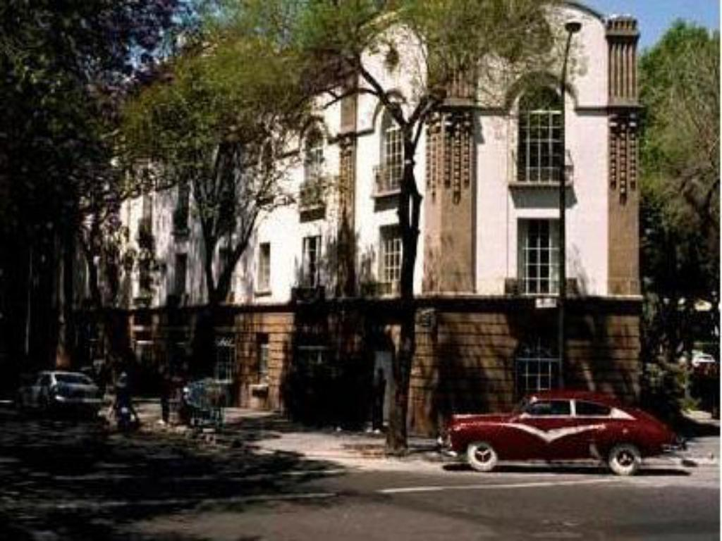 More about Condesa DF