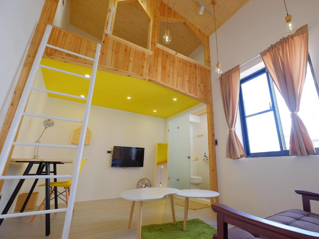 Loft Wo閣樓x旅宿 (Loft. Wo Design Inn)