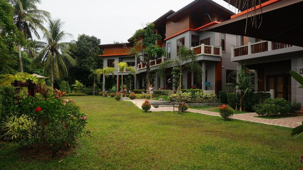 Lanta Intanin Resort