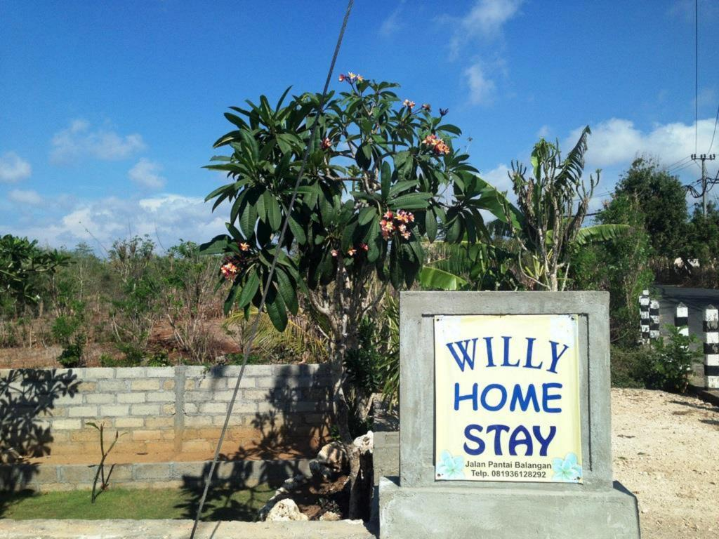 Entrance Willy Homestay