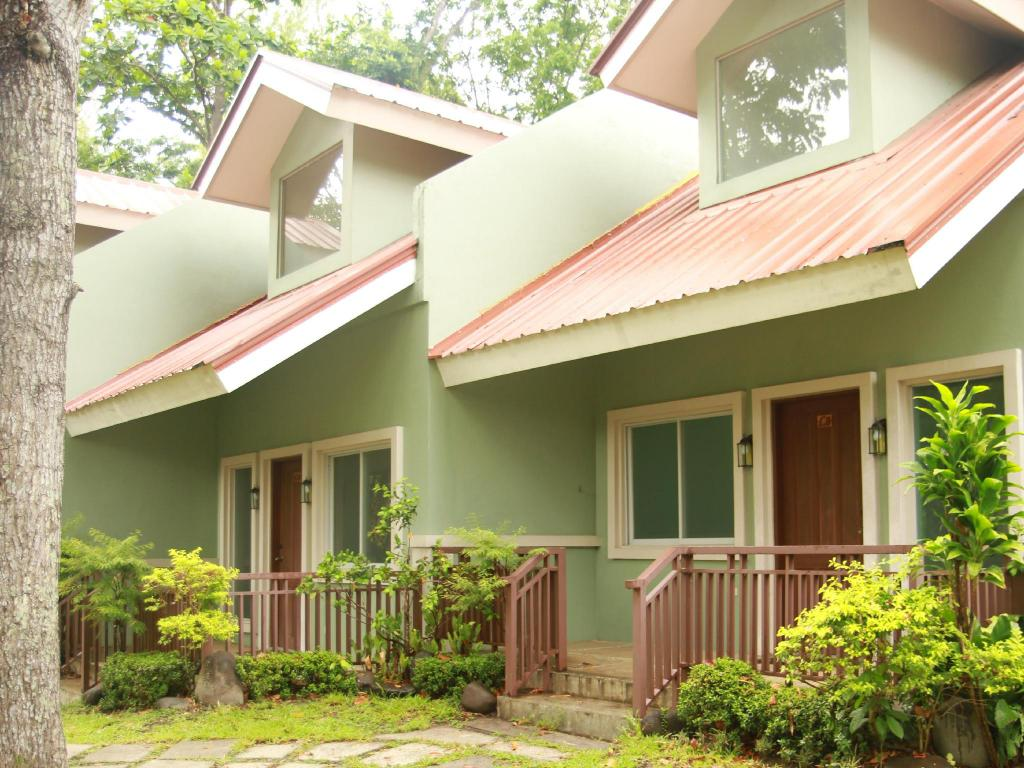best price on the forest park resort in bacolod negros occidental