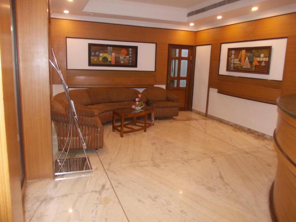 Lobi Hotel Mount Manor - Close to Chennai Airport