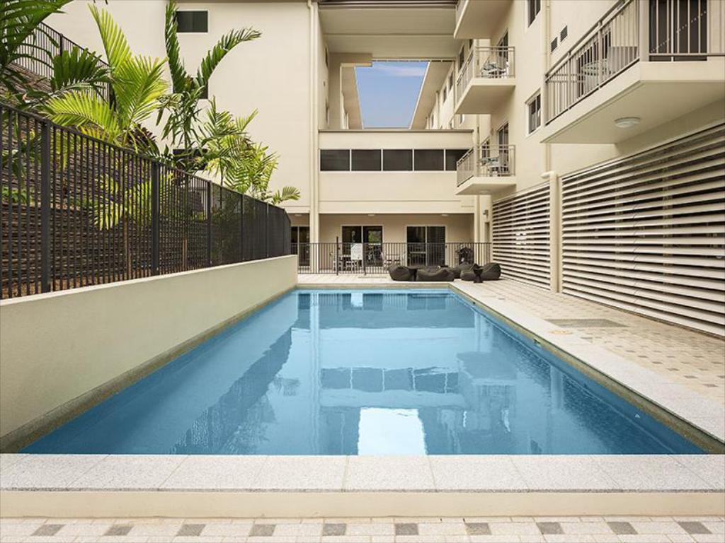 Swimming pool Quest Townsville on Eyre Apartment