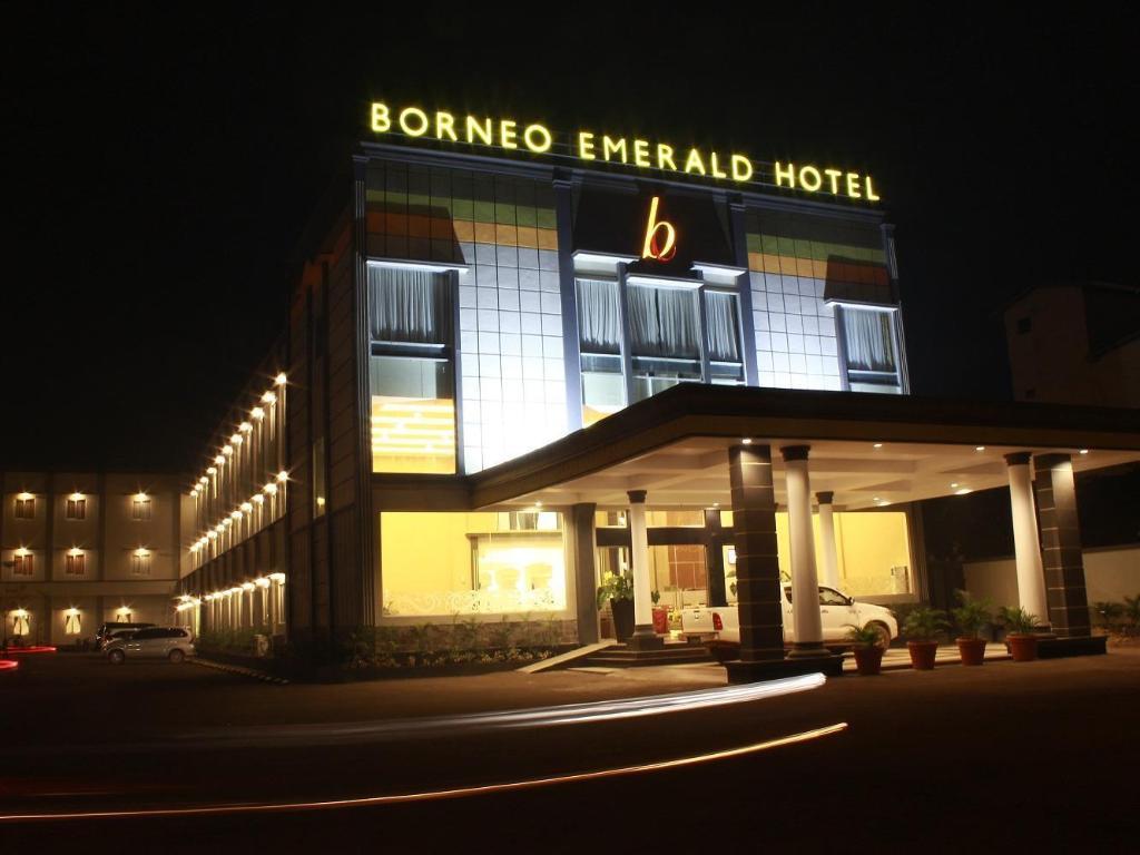 Borneo Emerald Hotel Ketapang Promo Harga Terbaik Agoda Com