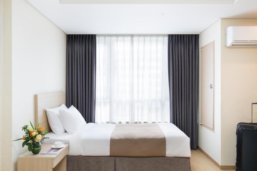 Book Crown Harbor Hotel Busan (South Korea) - 2019 PRICES