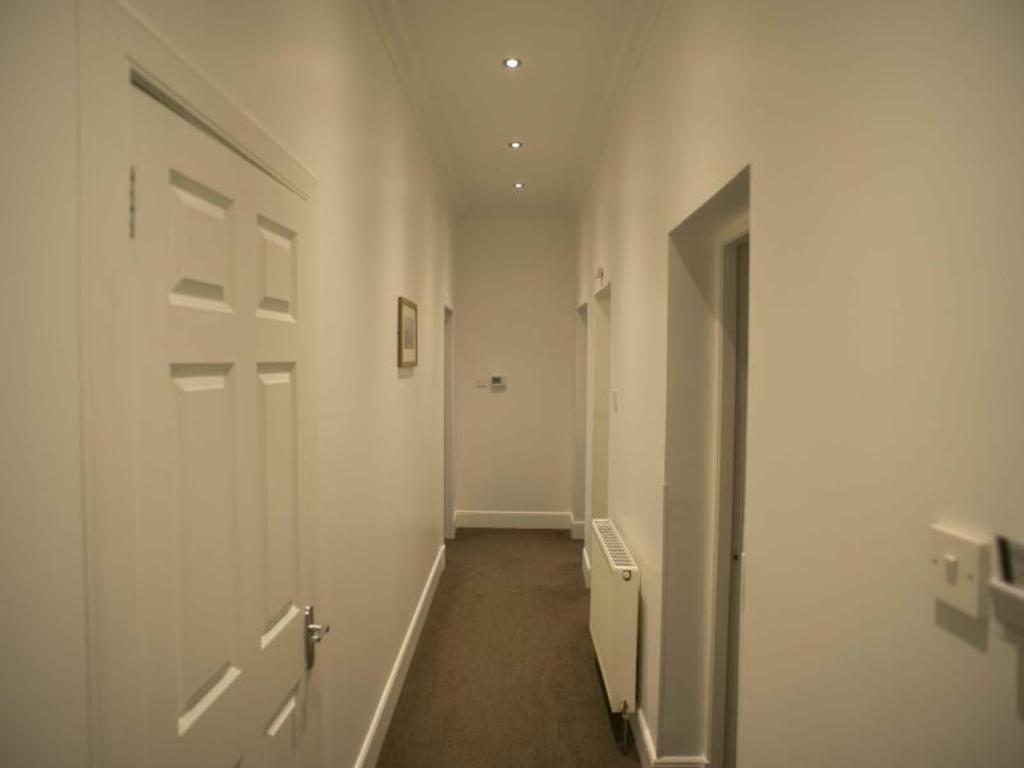 Best Price on Fountain Court - Royal Garden Apartments in Edinburgh ...