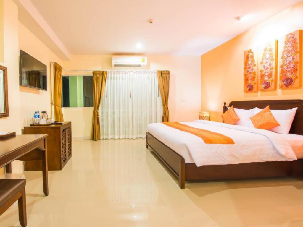 Deluxe Room - Guestroom Krabi Front Bay Resort
