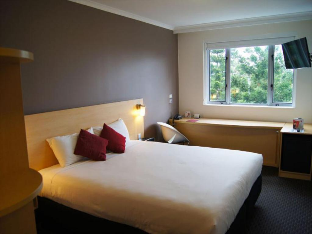 See all 25 photos Hotel Ibis Sydney Olympic Park