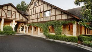 Grand Mercure The Hills Lodge