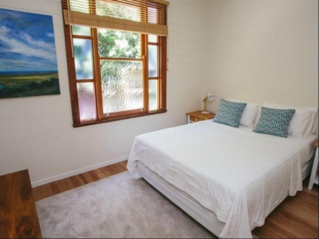 4 Bedroom Home - Bed Turtle Bay Holiday Home