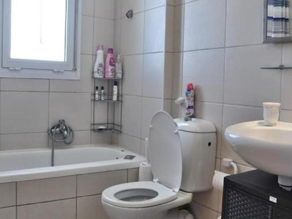 Bathroom Arendaizrail Apartment - Yoseftal Street Bat-Yam