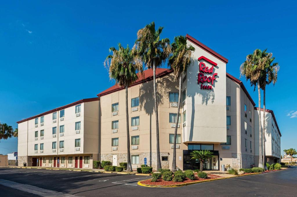 Red Roof Inn Laredo