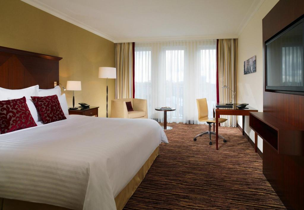 Deluxe Room, Guest room, 1 King or 2 Double - Vuode Berlin Marriott Hotel