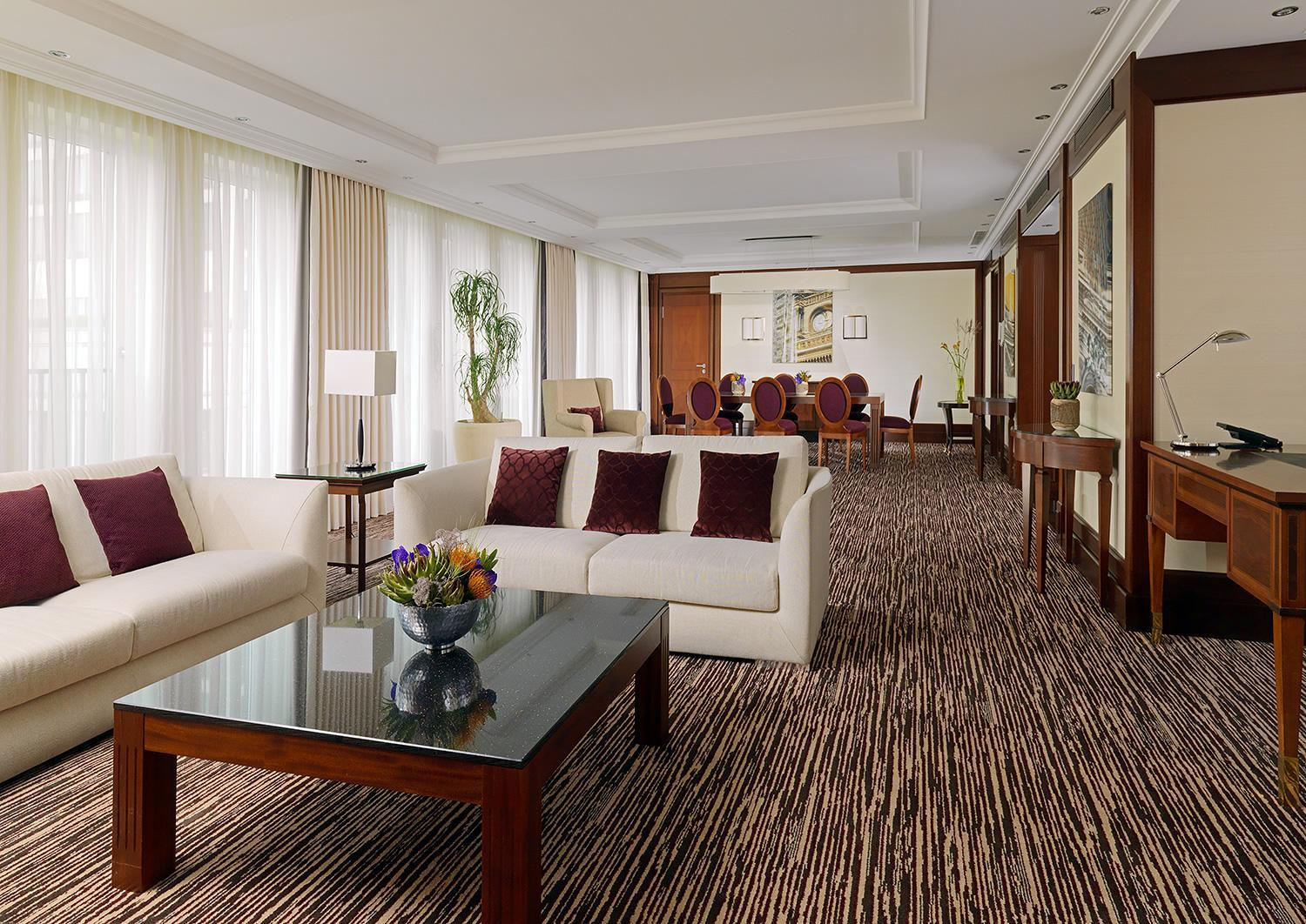Capital Suite, Executive lounge access, 1 Bedroom Suite