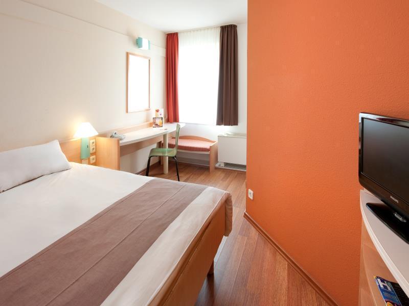 Ibis Bonn Hotel Deals Photos Reviews