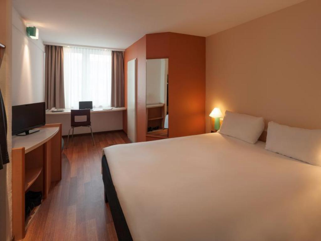 Standard Room with 1 double bed Ibis Nuernberg Hauptbahnhof
